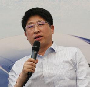 京东集团副总裁 曲越川
